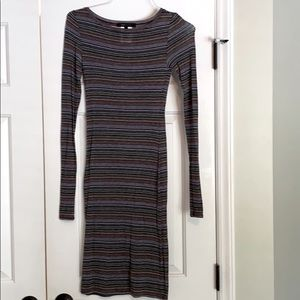 Brown stripped form fitting mid-length dress